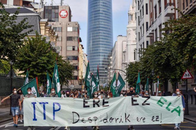 Trabajadores de ITP Aero se manifestaron este martes en Bilbao.