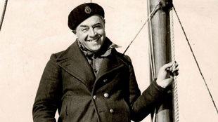 Vito Dumas, el navegante solitario en su embarcación. | Diego Dumas /...