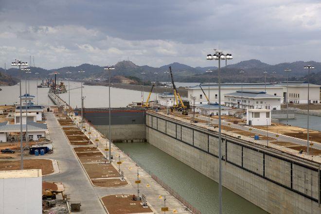 Sacyr tendrá que devolver 206 millones a la Autoridad del Canal de Panamá