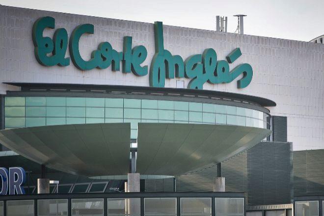 Centro comercial El Corte Inglés.