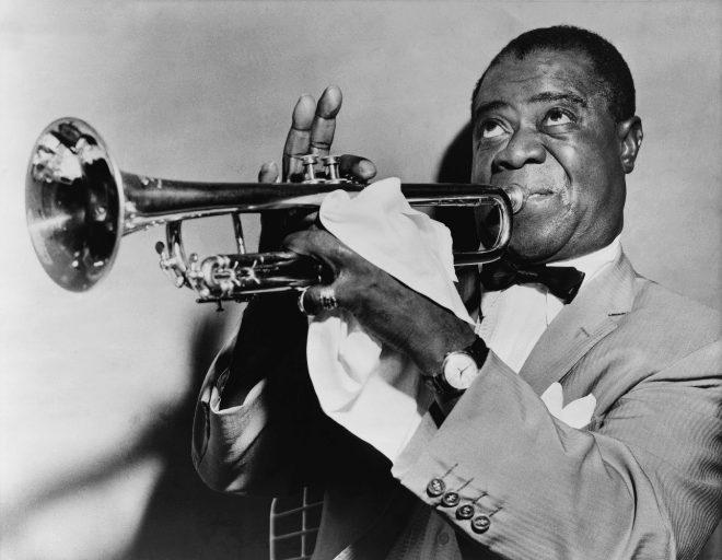 Louis Armstrong, fotografiado en los años 50.