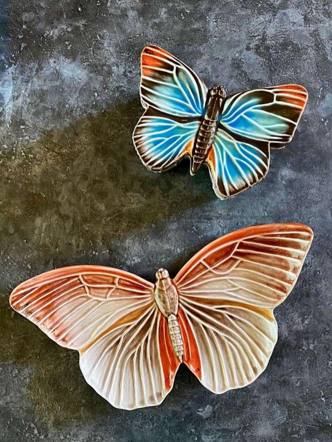 Mariposas de porcelana de Bordallo Pinheiro.