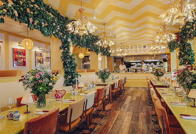 Comedor inspirado en una villa del norte de Italia.