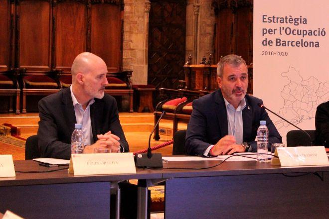 El director general de Barcelona Activa, Fèlix Ortega, y el teniente de alcalde de promoción económica del Ayuntamiento de la capital catalana, Jaume Collboni, juntos en una imagen de archivo.