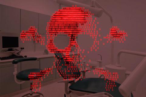 """El mes de vía crucis de los pacientes de Adeslas tras un ciberataque: """"No saben decirme ni el precio de mi tratamiento"""""""
