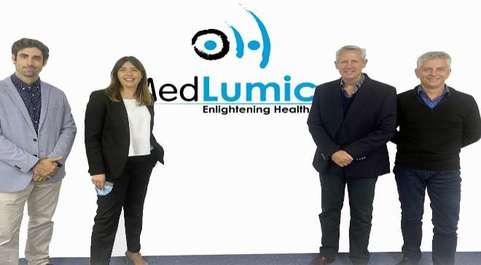 El equipo de Medlumics: Juan Sancho (director de investigación),...
