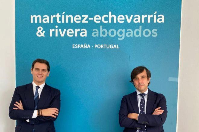 Albert Rivera, presidente de Martínez-Echevarría & Rivera Abogados, y Carlos Martínez Cebrián, socio de laboral de la firma.