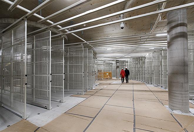 Zona de los peines donde se almacenarán las obras no expuestas pero visitables.Aad Hoogendoorn.