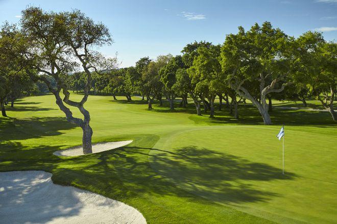 Los seis mejores campos de golf para jugar este otoño