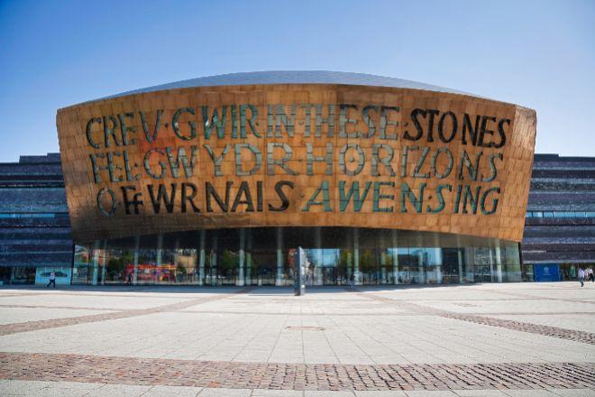 El Millenium Centre de Cardiff alberga la Ópera Nacional y varias exposiciones.