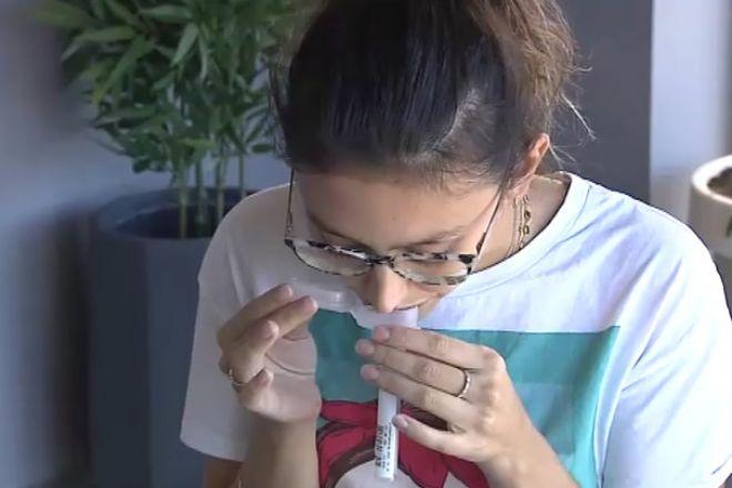 Así son las PCR con saliva que se hacen en casa