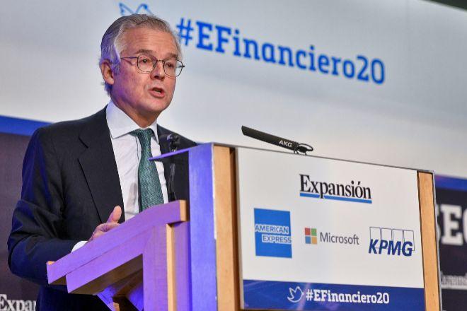 Sebastián Albella, presidente de la CNMV, hoy en el XI Encuentro Financiero de Expansión y KPMG. Foto JMCadenas/EXPANSIÓN