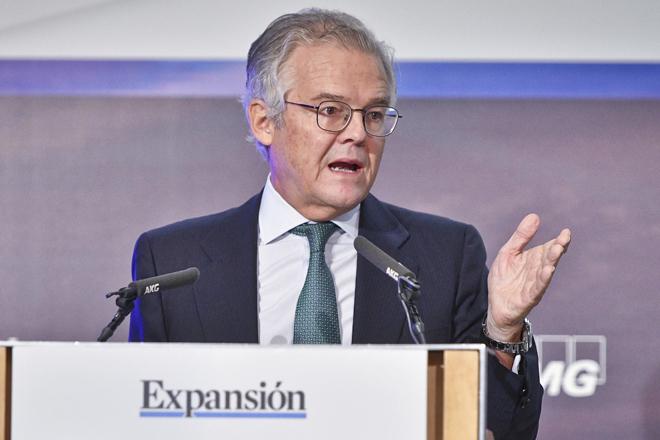 Albella dice que la regulación favorece en exceso las opas de exclusión