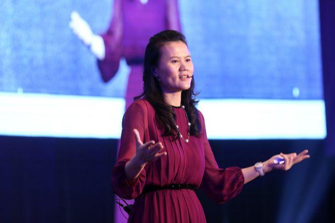 Lucy Peng, CEO de Ant Group
