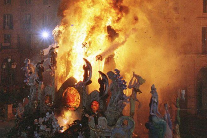 Celebración de las Hogueras de San Juan, en Alicante.