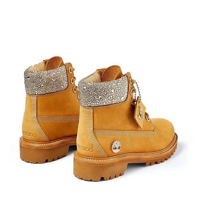 Yellow Boot de Timberand con cristales Swarovski.