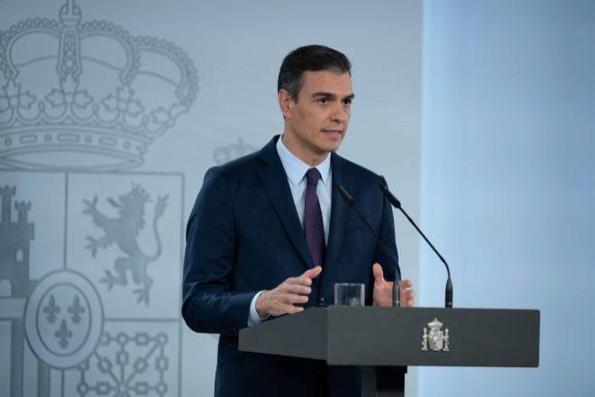 El presidente del Gobierno, Pedro Sánchez, durante la declaración institucional realizada ayer viernes.