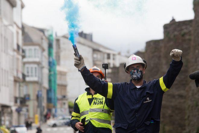 Los trabajadores de Alcoa llevan a Lugo una multitudinaria protesta para urgir soluciones