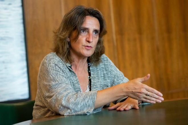 <strong>Teresa Ribera es ministra de Transición Ecológica</strong>. El Ministerio de Transición Ecológica lleva un año intentando lograr acuerdos  para cerrar pleitos amistosamente.