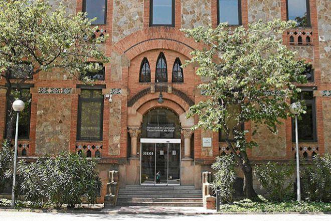 Sede del Departament de Salut, situada en el recinto de La Maternitat, en Barcelona.