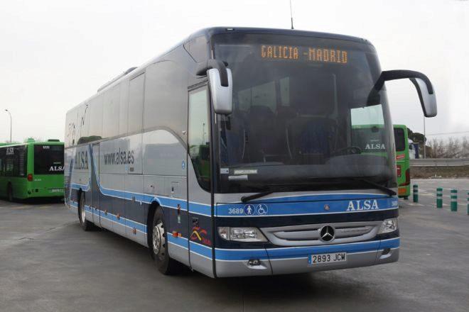 Un autobús de Alsa.