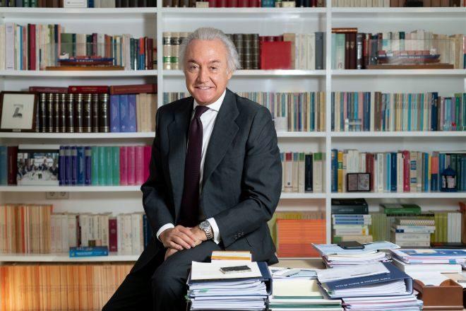 """César Albiñana: """"Estimular la inversión es el mejor antídoto para reducir el desempleo"""""""