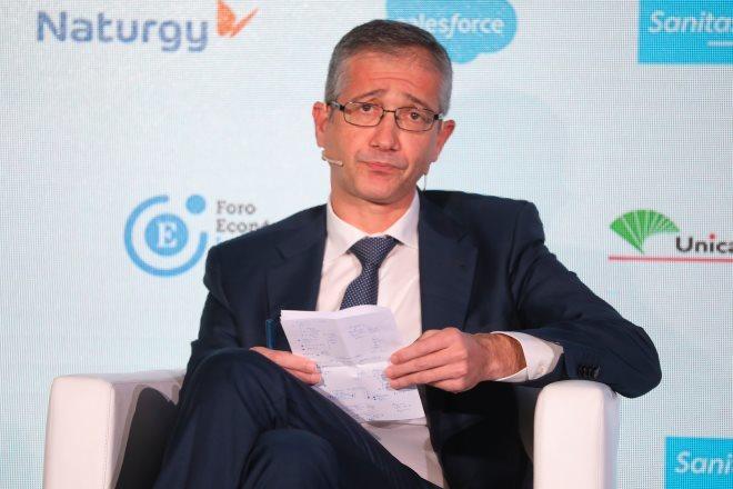 """Hernández de Cos: """"Hay que centrarse en la reestructuración de la deuda empresarial"""""""