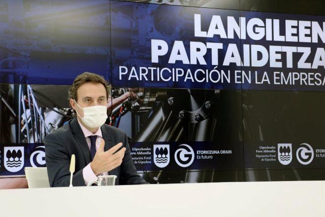 El diputado guipuzcoano de Hacienda, Jabyer Larrañaga.