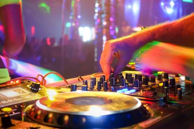 Pinchar en Ibiza estando de baja es motivo de despido