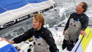 Francois Gabart y Michel Desjoyeaux, durante un entrenamiento para la...