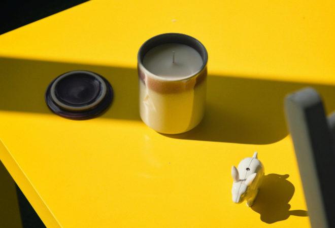Además de desprender aromas, las velas, que incluyen una tapa, están pensadas para funcionar como ornamento.