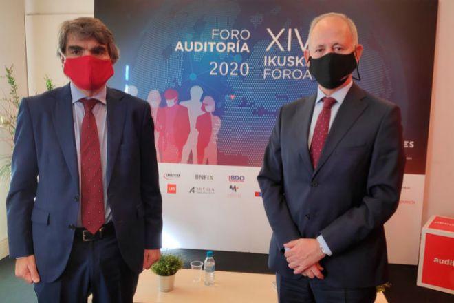 Gustavo Bosquet, presidente del REA vasco (izquierda), junto a Santiago Eraña, presidente de la Agrupación Territorial del ICJCE del País Vasco.