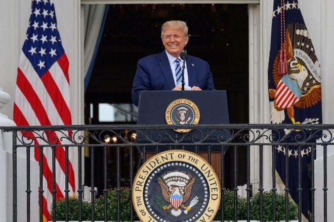 El presidente de Estados Unidos, Donald Trump, el pasado 10 de octubre durante su primer discurso en la Casa Blanca después de salir del hospital en el que fue ingresado por las complicaciones derivadas de su positivo en Covid-19.