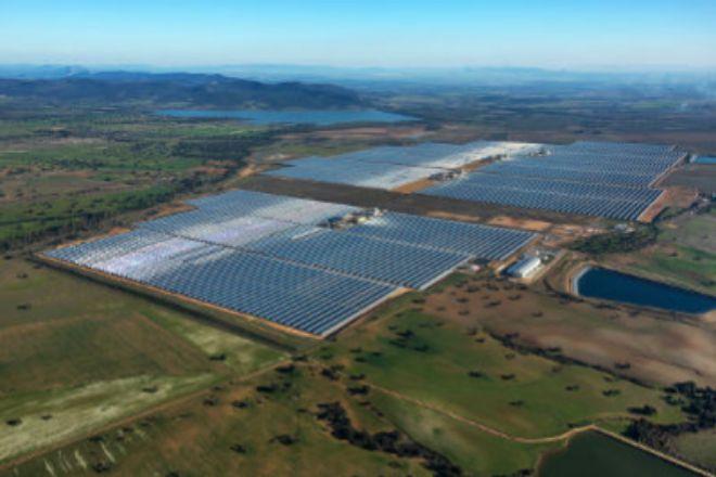 La planta termosolar de Solaben, afectada por el recorte a las renovables, fue vendida por Abengoa a Atlántica Yield.