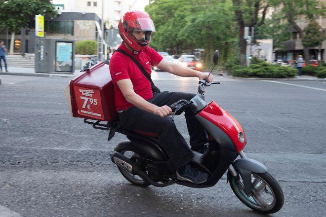 Telepizza reduce la dependencia de consumo en locales.