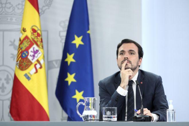 Garzón: la Constitución ampara el cupo vasco, pero lo de Madrid \