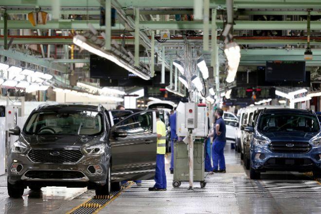 La producción de vehículos en Ford Almussafes caerá un 33% este año