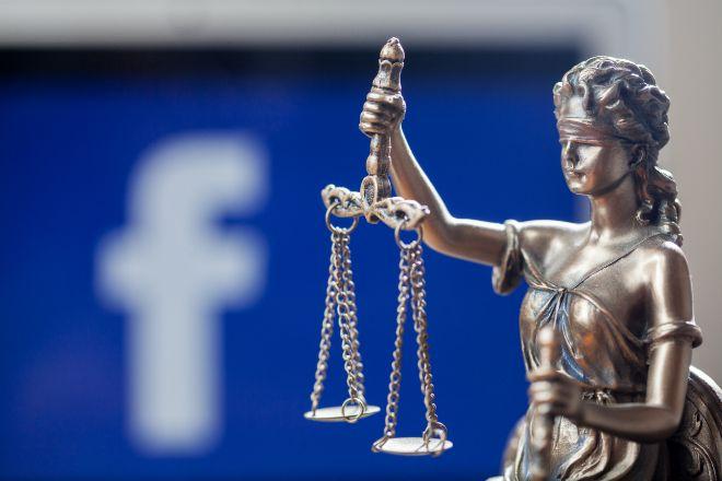 1.500 euros por insultar a su expareja por redes sociales