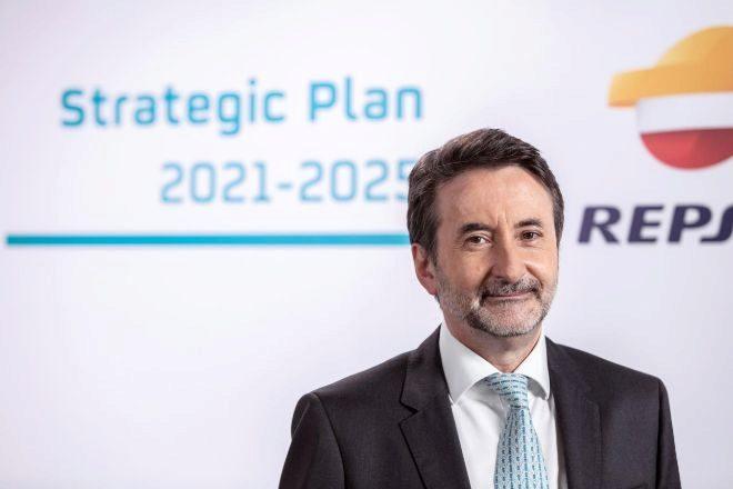 El consejero delegado de Repsol, Josu Jon Imaz, durante la presentación del plan estratégico de la compañía para 2021-2025.