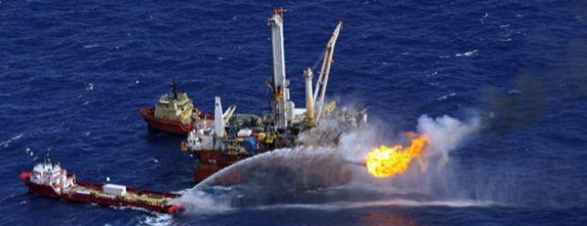 Las petroleras entierran 156.000 millones en su gran reconversión