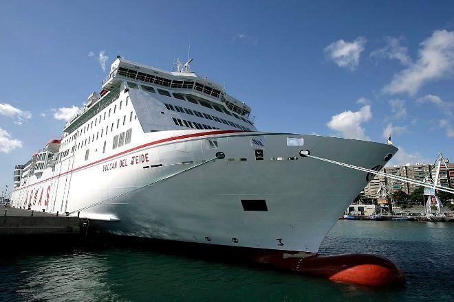 Naviera Armas es uno de los principales operadores del transporte marítimo en Canarias y Baleares.