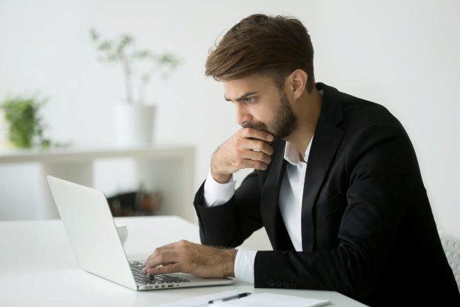 Cinco errores frecuentes de un autónomo que terminan aumentando la factura con Hacienda