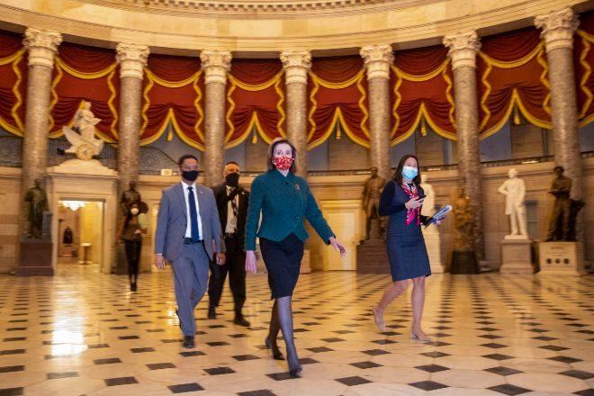 La presidenta de la Cámara Baja, la demócrata Nancy Pelosi, el lunes antes de la votación.
