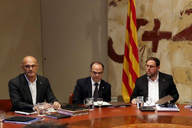 Raül Romeva, Jordi Turull y Oriol Junqueras durante una reunión del Consell Executiu en la anterior legislatura, en una imagen de archivo.
