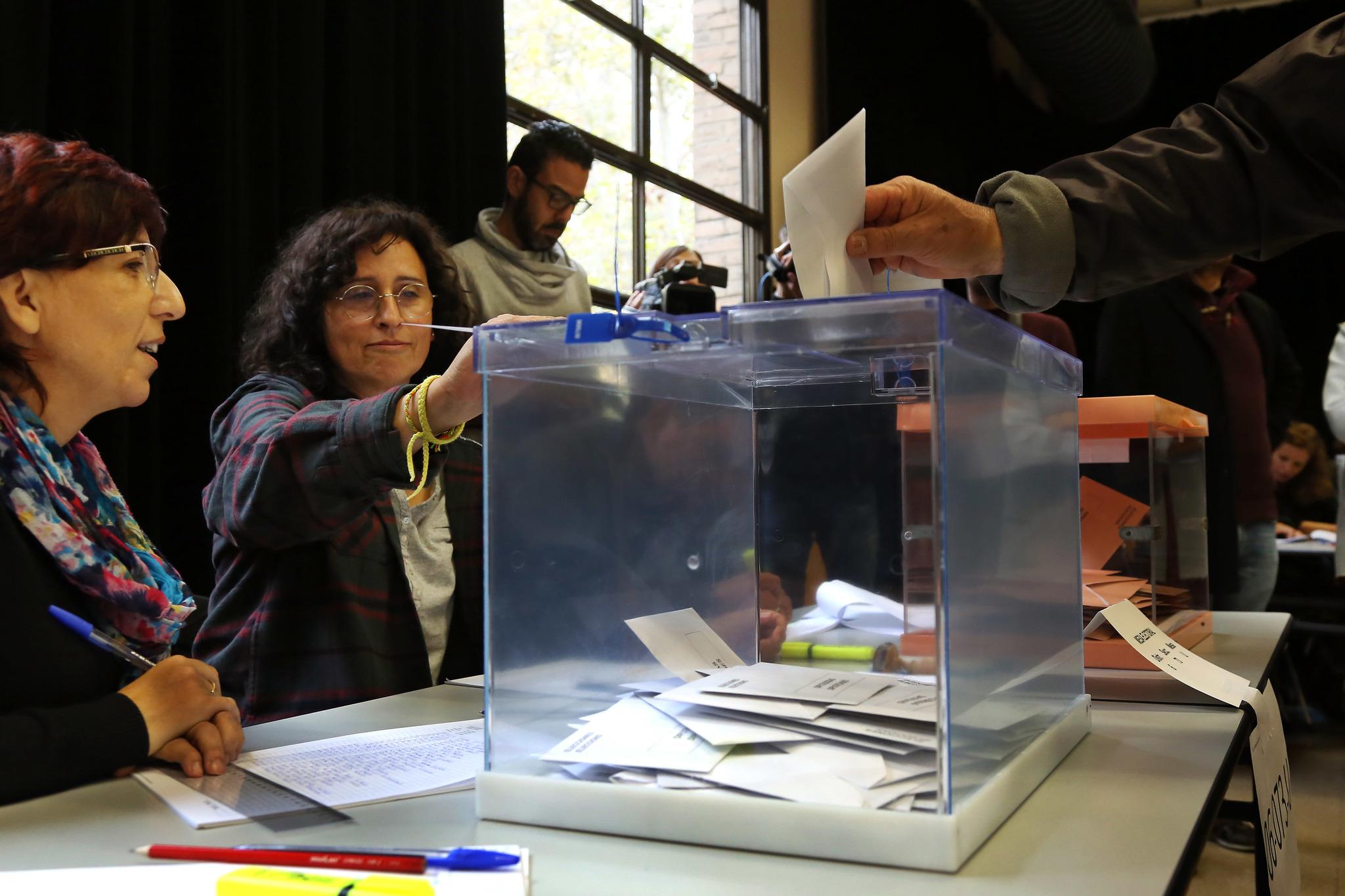 Colegio electoral en Barcelona durante la última cita con las urnas, las generales repetidas de noviembre de 2019.