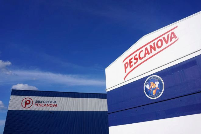 Fachada de la sede de Nueva Pescanova en Chapela (Redondela).