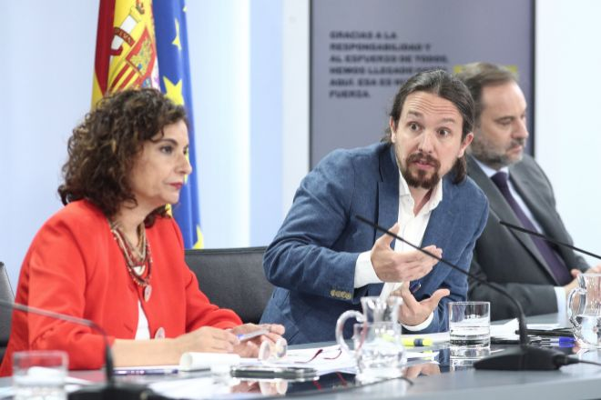La ministra portavoz y de Hacienda, María Jesús Montero; el vicepresidente y ministro de Derechos Sociales y Agenda 2030, Pablo Iglesias, y el ministro de Transportes, Movilidad y Agenda Urbana, José Luis Ábalos.