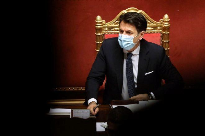 El primer ministro italiano, Giuseppe Conte, durante el debate de la moción de confianza en el Senado del país esta semana.