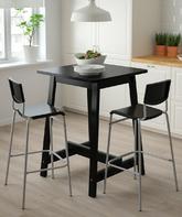 Si dispone de algo de espacio en la cocina, una mesa alta y un par de...