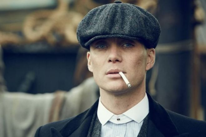 Cillian Murphy encarna al carismático Thomas Shelby en la ficción.  Robert Viglasky - © 2014 - BBC